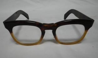 本鼈甲眼鏡