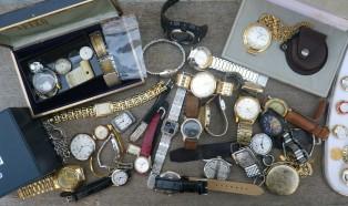 ジャンク時計いろいろ、工具、カタログ、部品など