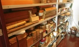 茶道具、掛軸、貴金属など