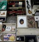 メダル、カメオ、帯留めなど古小物
